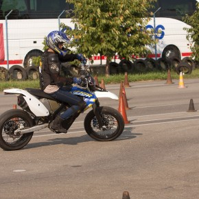 Curs Perfectionare Moto in poligon