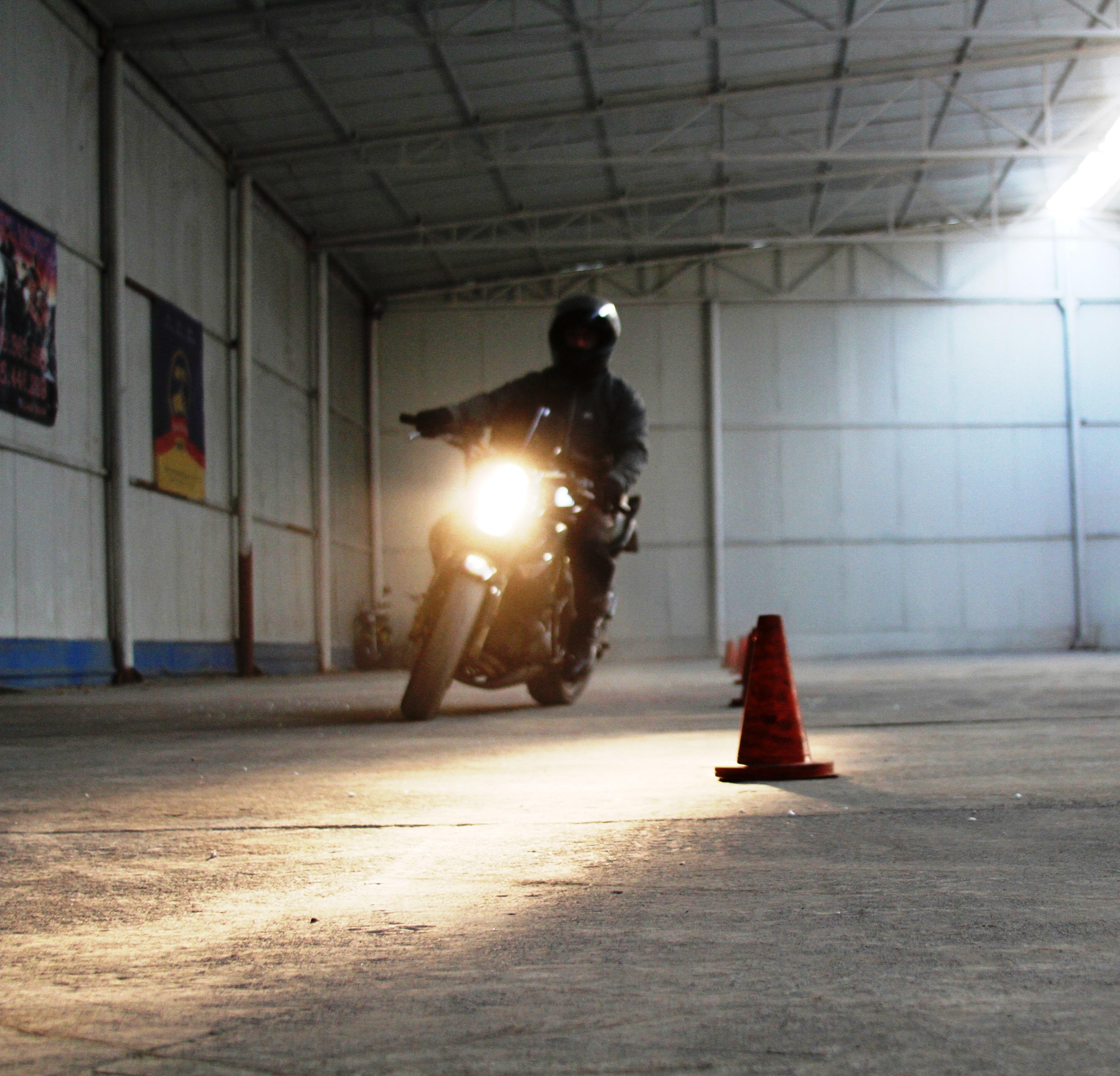 scoala moto iarna