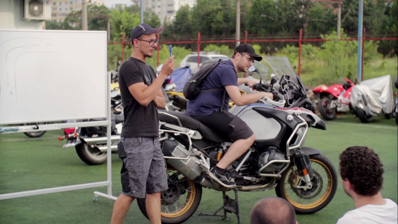abordarea virajelor moto - moto incepatori - scoala moto ami (5)